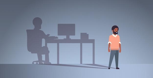 Cara afro-americana sonhando em ser freelancer