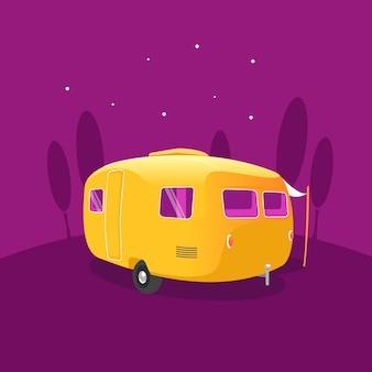 Caravana amarela estacionada sob um céu noturno estrelado