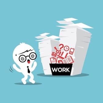 Carga de trabalho de pilha de papel