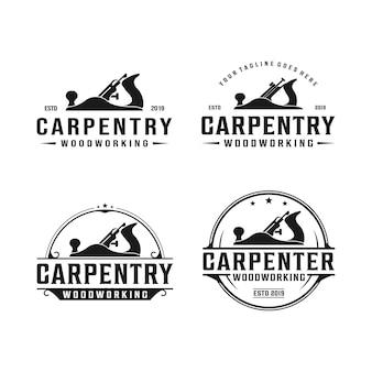 Carpintaria, design de logotipo vintage retrô para trabalhar madeira. logotipo do avião jack / avião de madeira