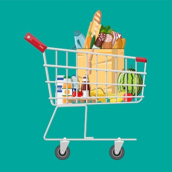 Carrinho de compras cheio de produtos de mercearia