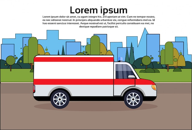 Carro de emergência ambulância na estrada veículo médico sobre edifícios da cidade