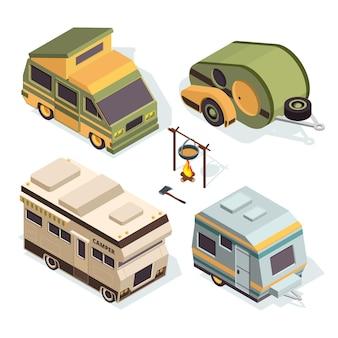 Carros de acampamento isométricos. as fotos são isoladas em branco.