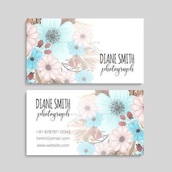Cartão bonito do projeto floral. ilustração vetorial
