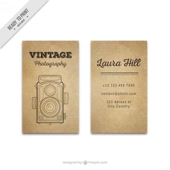 Cartão da foto do vintage com a mão tirada câmera antiga