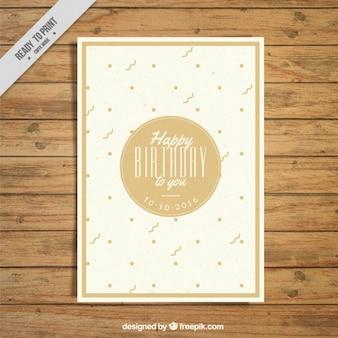 Cartão de aniversário bonito com pontos e flâmula