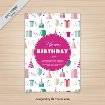 Cartão de aniversário bonito no estilo plana