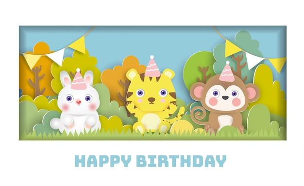 Cartão de aniversário com festa de animais fofos na floresta. estilo de corte de papel.