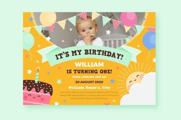 Cartão de aniversário infantil para festa de bebê
