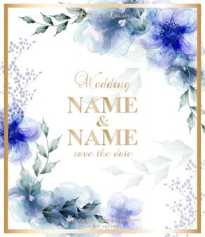 Cartão de casamento com flores azuis em aquarela