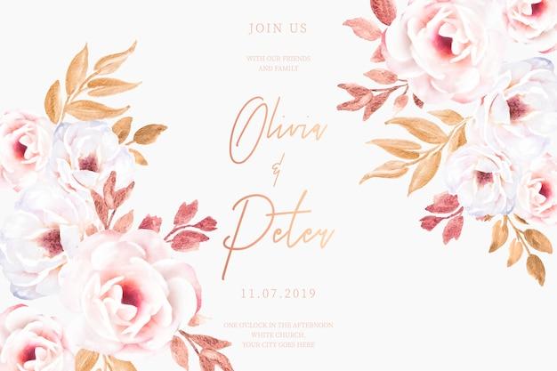Cartão de casamento com flores românticas e folhas douradas