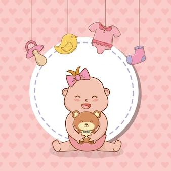 Cartão de chuveiro de bebê com menina bebê
