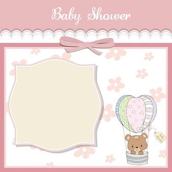 Cartão de chuveiro de bebê delicado com ursinho de pelúcia