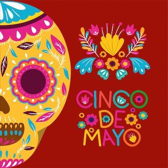 Cartão de cinco de mayo com flores e máscara de caveira
