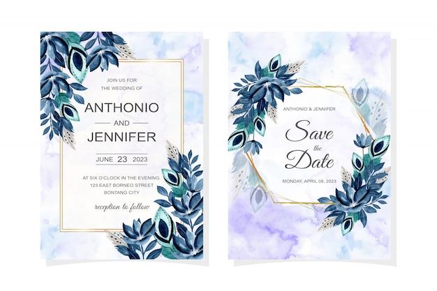 Cartão de convite de casamento com aquarela azul floral e penas