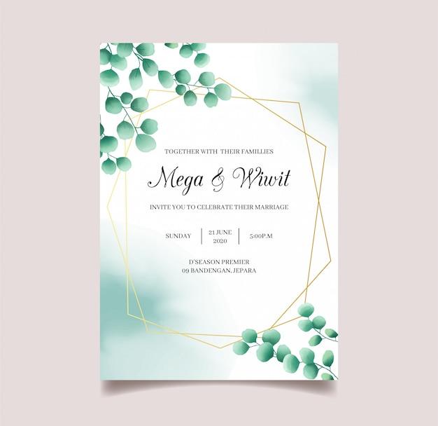 Cartão de convite de casamento com eucalipto e moldura dourada