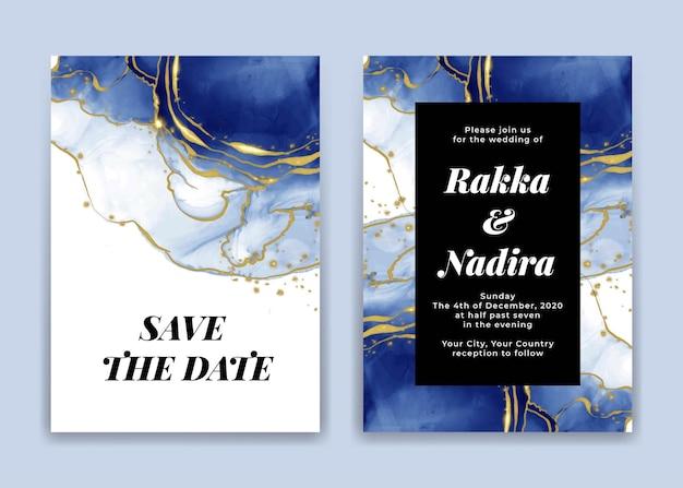 Cartão de convite de casamento com formas de ondas azul-marinho douradas