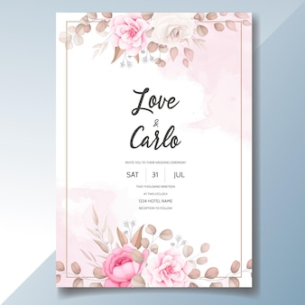 Cartão de convite de casamento com lindos enfeites de flores