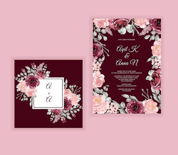 Cartão de convite de casamento com uma bela flor de cor bordô floral