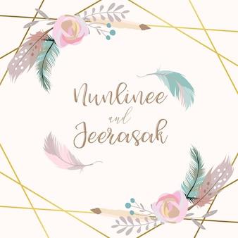 Cartão de convite de casamento de ouro de geometria com flor, folha, fita, coroa de flores, penas e moldura