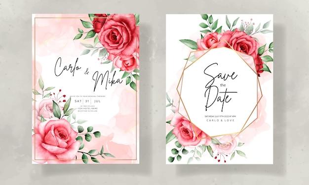 Cartão de convite de casamento elegante com linda flor em aquarela