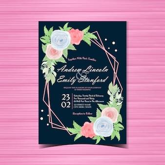 Cartão de convite de casamento floral aquarela com lindas rosas azuis e rosa