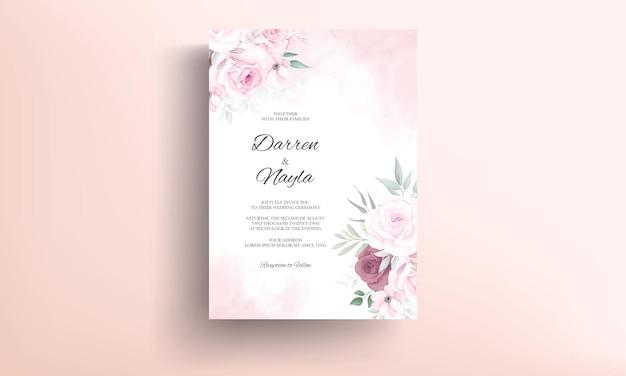 Cartão de convite de casamento floral delicado desenhado à mão