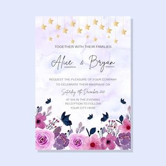 Cartão de convite de casamento floral roxo com aquarela