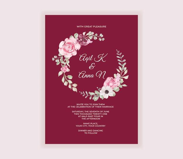 Cartão de convite de casamento moderno com bela guirlanda de flores