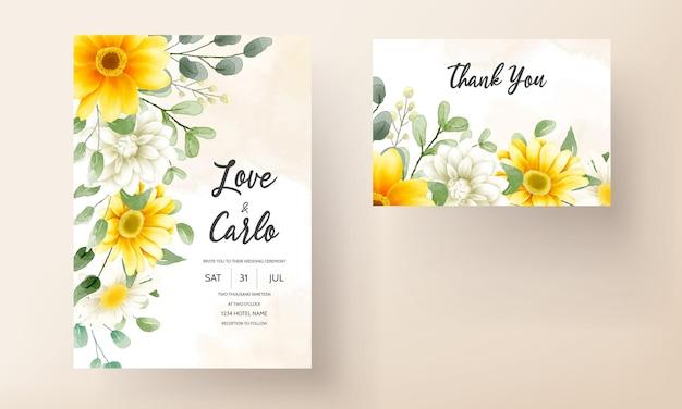 Cartão de convite de casamento moderno com belas decorações florais em aquarela