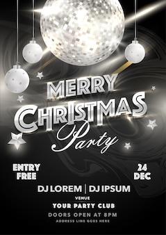 Cartão de convite de festa de natal feliz com bola de discoteca brilhante, enfeites pendurados e detalhes do evento