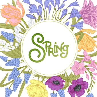 Cartão de flor com a inscrição primavera e flores da primavera tulipas jacintos botões de ouro anêmonas