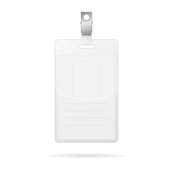 Cartão de identificação em branco vertical isolado no branco