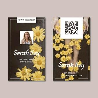 Cartão de identificação floral de salão de beleza