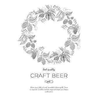 Cartão de ornamento de moldura de coroa de flores círculo original com bagas de lúpulo