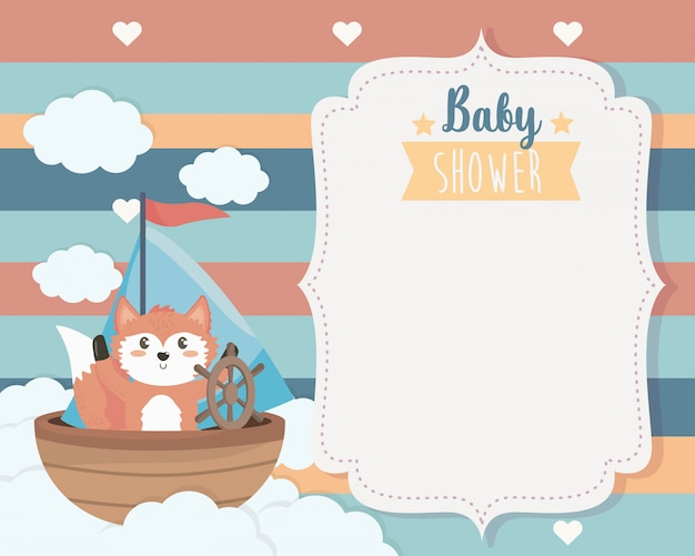 Cartão de raposa bonitinha no navio e nuvens