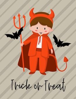 Cartão de saudação de desenho animado de halloween com um menino com uma fantasia vermelha de diabo ou satanás, morcegos pretos