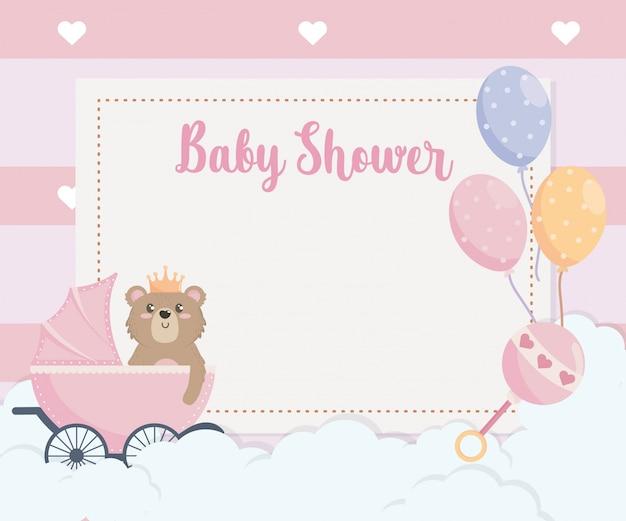 Cartão de urso de pelúcia e balões com carruagem