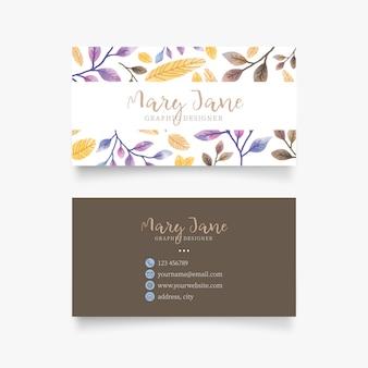 Cartão de visita bonito com flores de aguarela