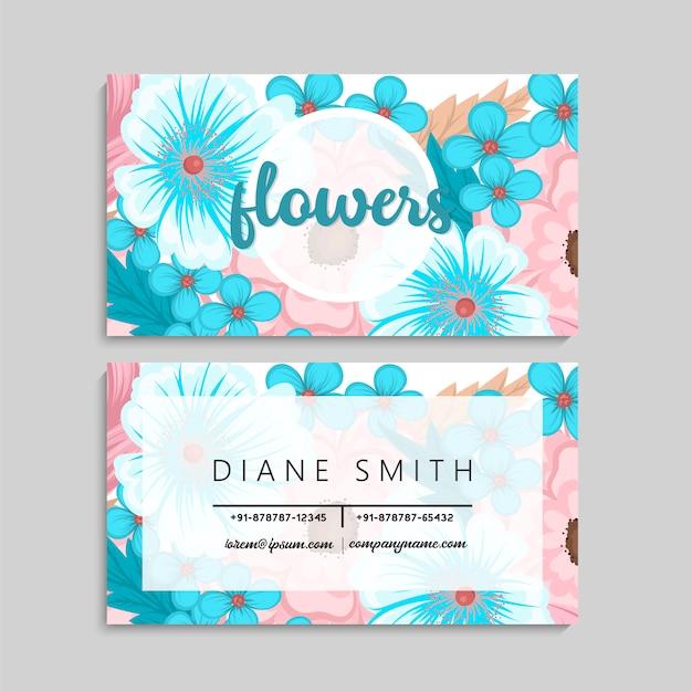 Cartão de visita com belas flores azuis luz. modelo