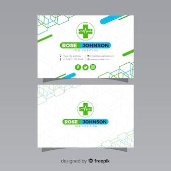 Cartão de visita com conceito médico em estilo moderno