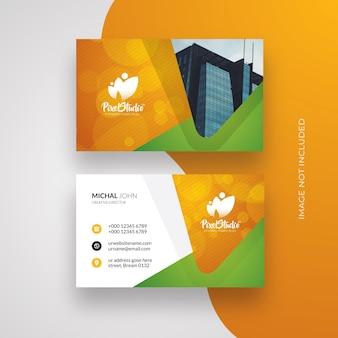 Cartão de visita com destaque em laranja e verde