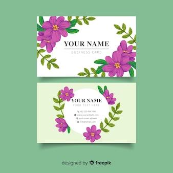 Cartão de visita com flores roxas