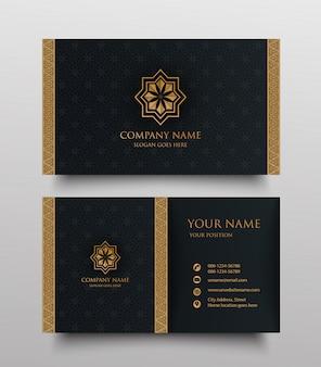 Cartão de visita de luxo com logotipo ornamental floral vintage ouro e lugar para texto