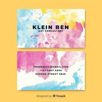 Cartão de visita de manchas de aquarela de modelo