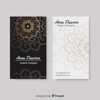 Cartão de visita elegante criativo no estilo mandala