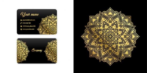 Cartão de visita mandala abstrata. fundo de arabesco de luxo. motivo floral padrão definido na cor ouro