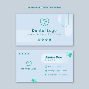 Cartão de visita médico realista horizontal