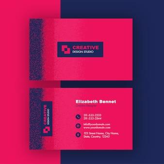 Cartão de visita ou empresa rosa com efeito de ruído azul em apresentação frente e verso