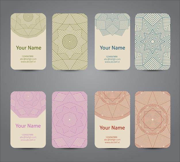 Cartão de visitas. elementos decorativos geométricos vintage. fundo desenhado de mão.